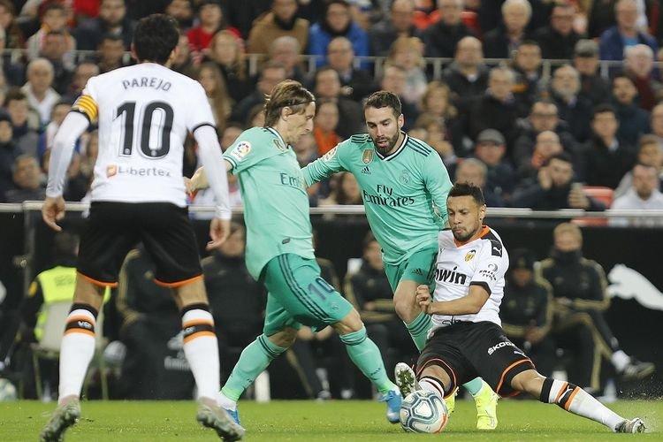 Real Madrid Digilas Velancia Melalui Tiga Penalti dan Gol Bunuh Diri