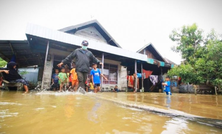 Banjir di Kalsel Makin Meluas, Gubernur Sahbirin Noor Nyatakan Status Tanggap Darurat