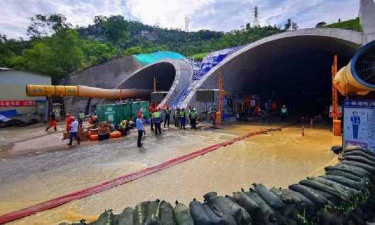 Korban Tewas di Terowongan China Bertambah Jadi 13